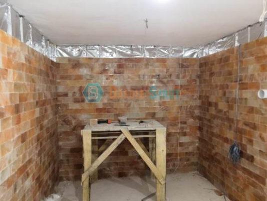 строительство галокамеры из гималайской плитки